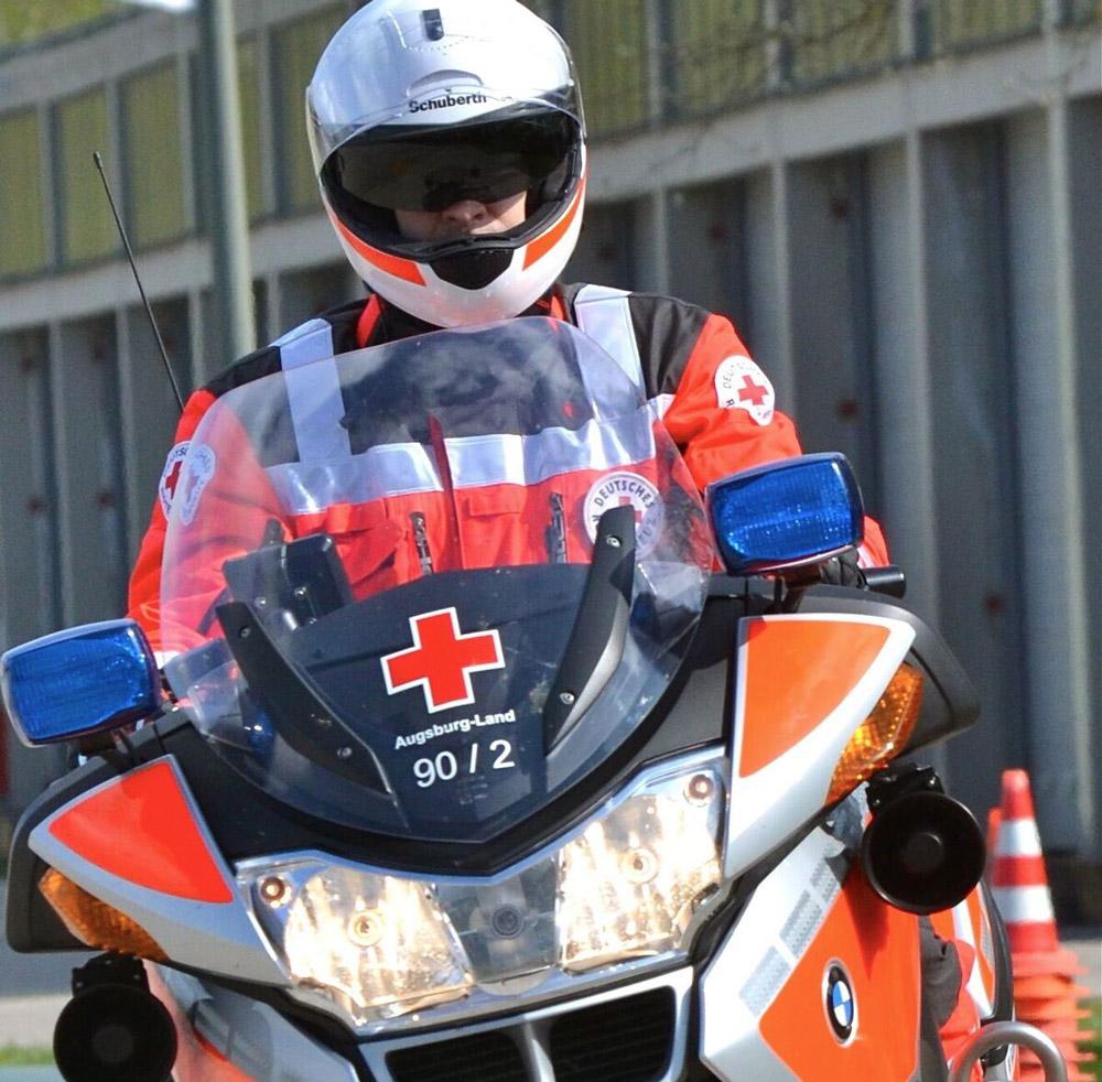 Das Bayerische Rote Kreuz (BRK) ist die größte Hilfsorganisation und einer der bedeutendsten Wohlfahrtsverbände in Bayern.